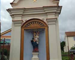Socha Křtiny v Moravském Krasu