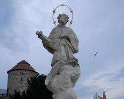 Socha sv. Jana Nepomuckého Znojmo