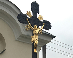 Kamenný/ litinový kříž